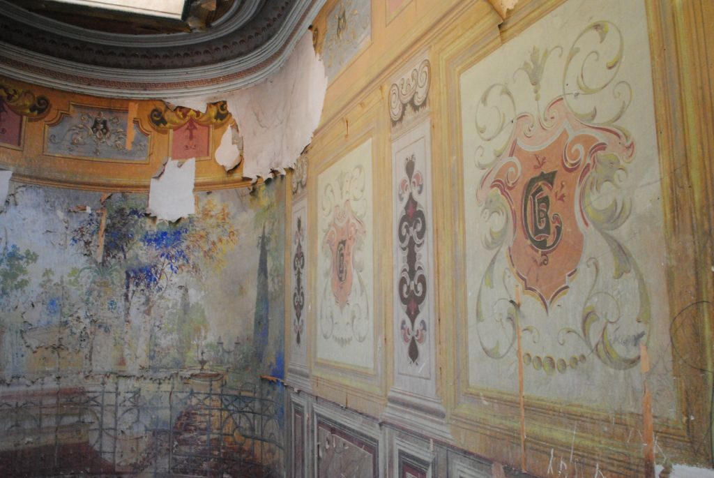Authentic Hidden Gem in Tbilisi You Can See for Free. Painted Halls
