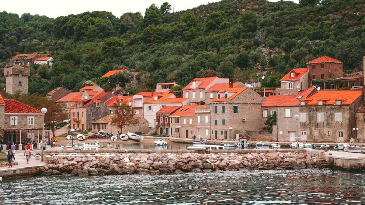 14 Epic Day Trips from Dubrovnik, Croatia 4