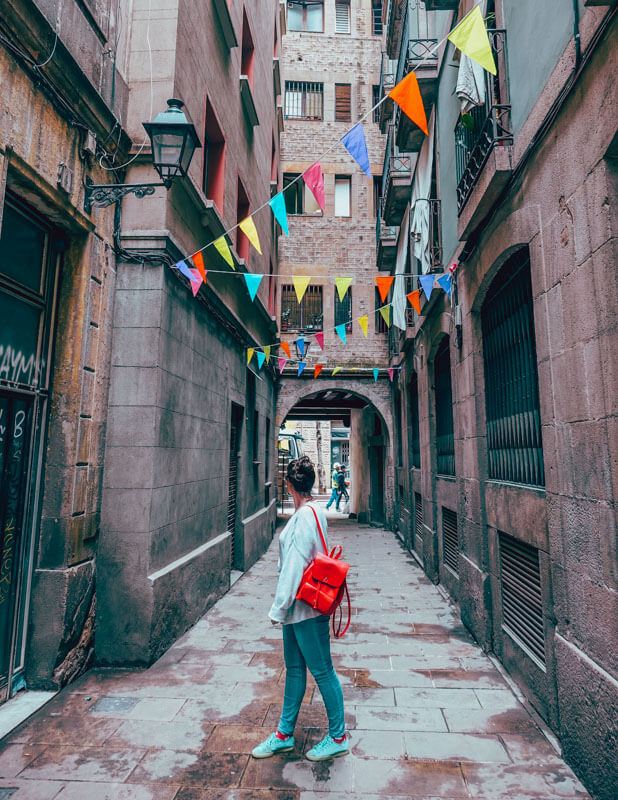 Barcelona Itinerary - Best Things to Do in Barcelona on a Budget 10