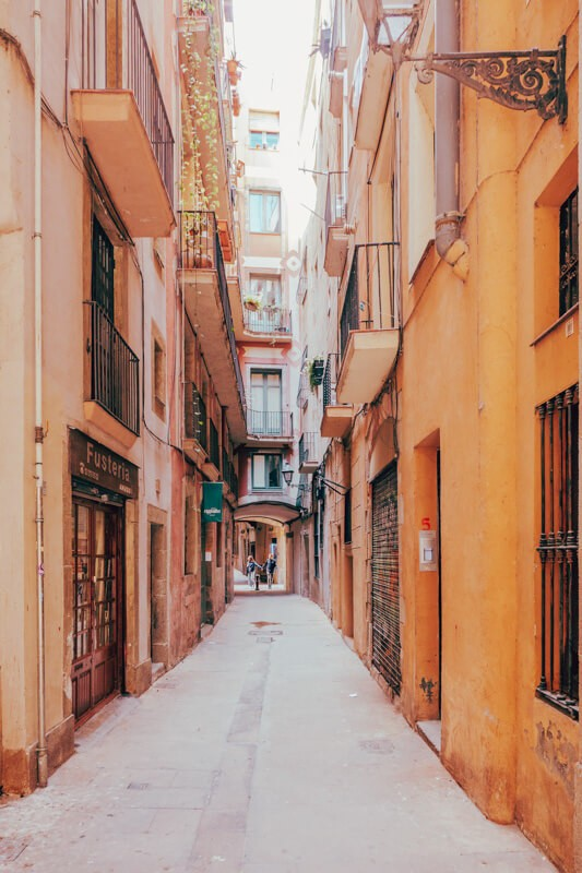 Barcelona Itinerary - Best Things to Do in Barcelona on a Budget 5