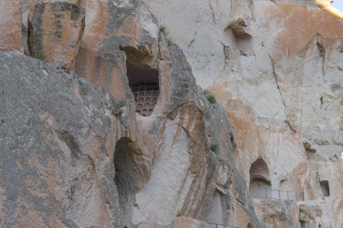 Visiting Vardzia - the Biggest Cave-town in Geogria 4