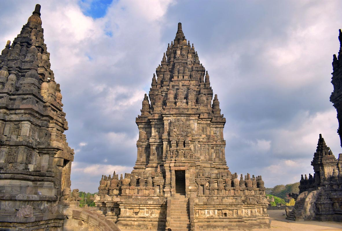 things to do in east java